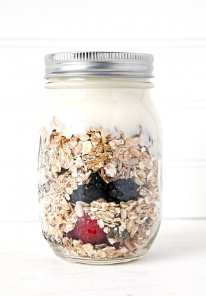 Mason Jar Breakfast Cereal