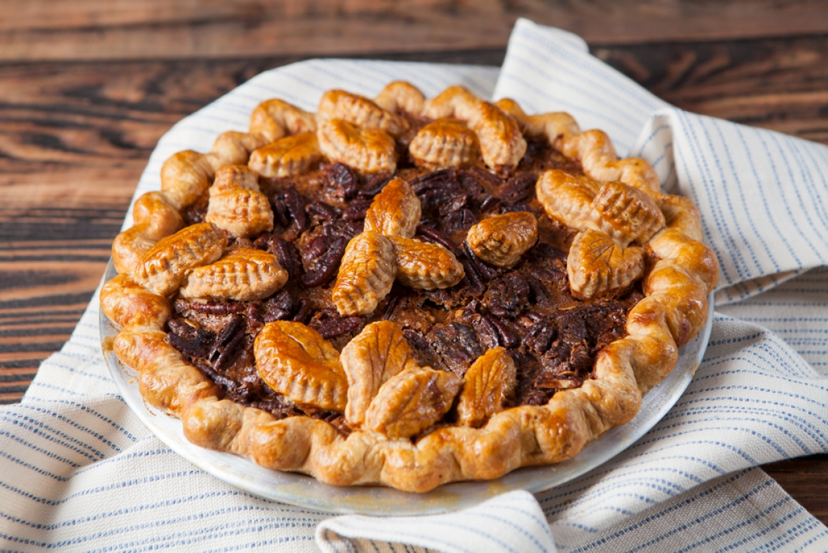 maple granola pecan pie