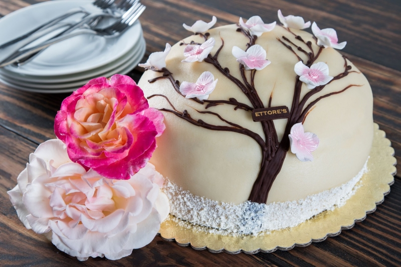 Ettore's Mother's Day Cake