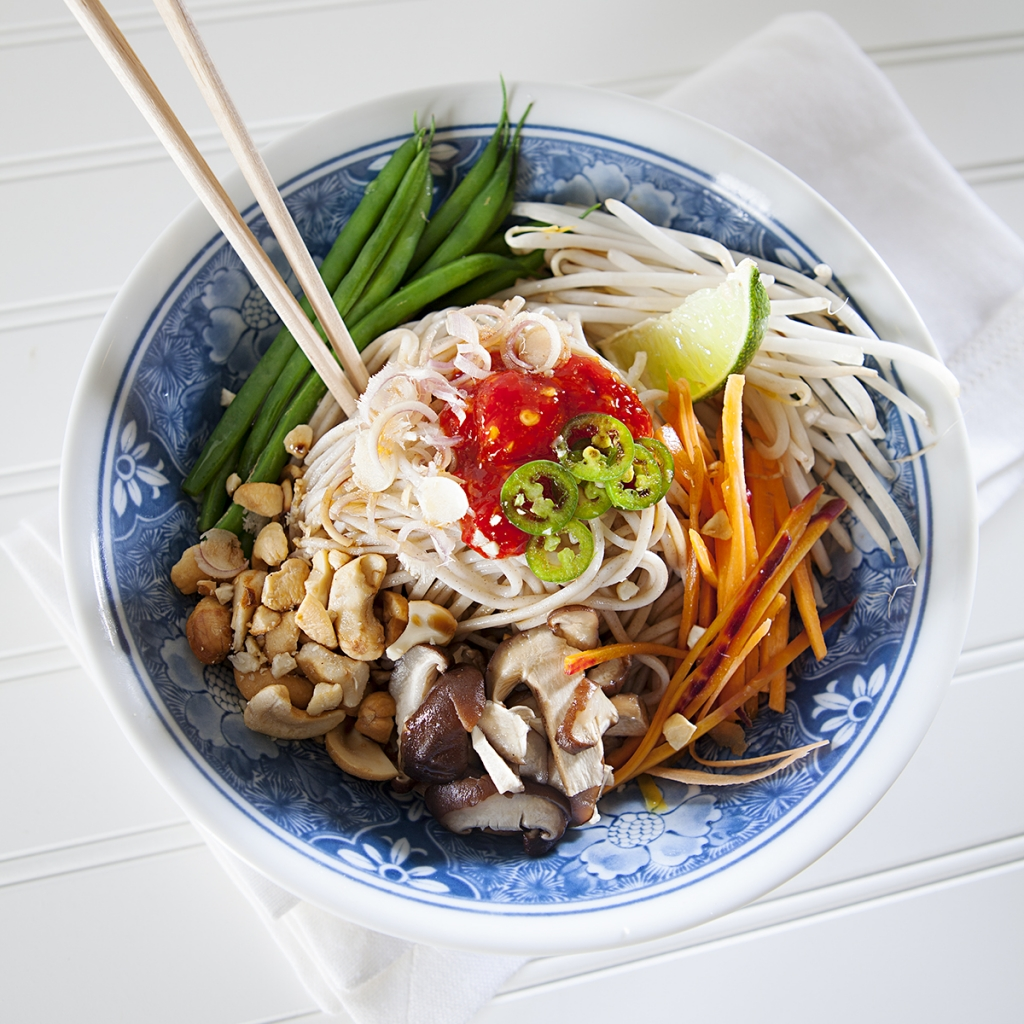 ... soba noodle bowl i am in awe of people who are thai soba noodle bowl