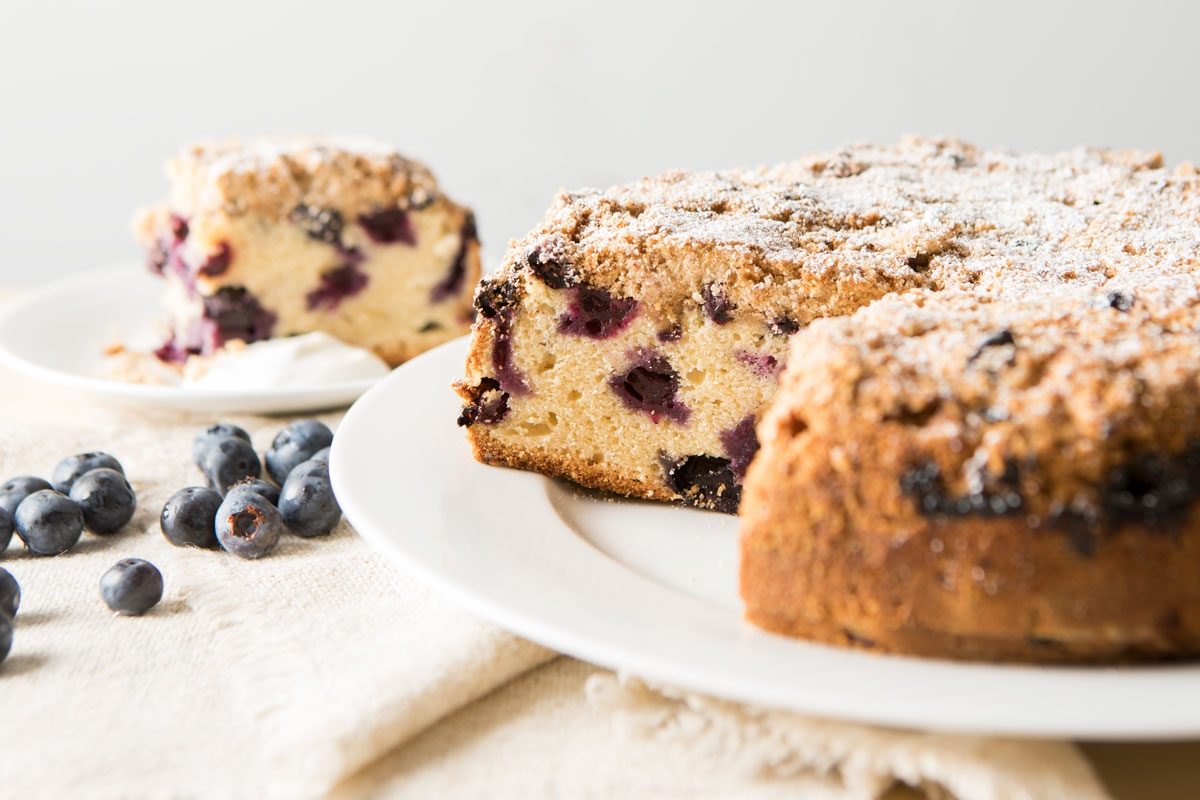 blueberry buckle cake on plate