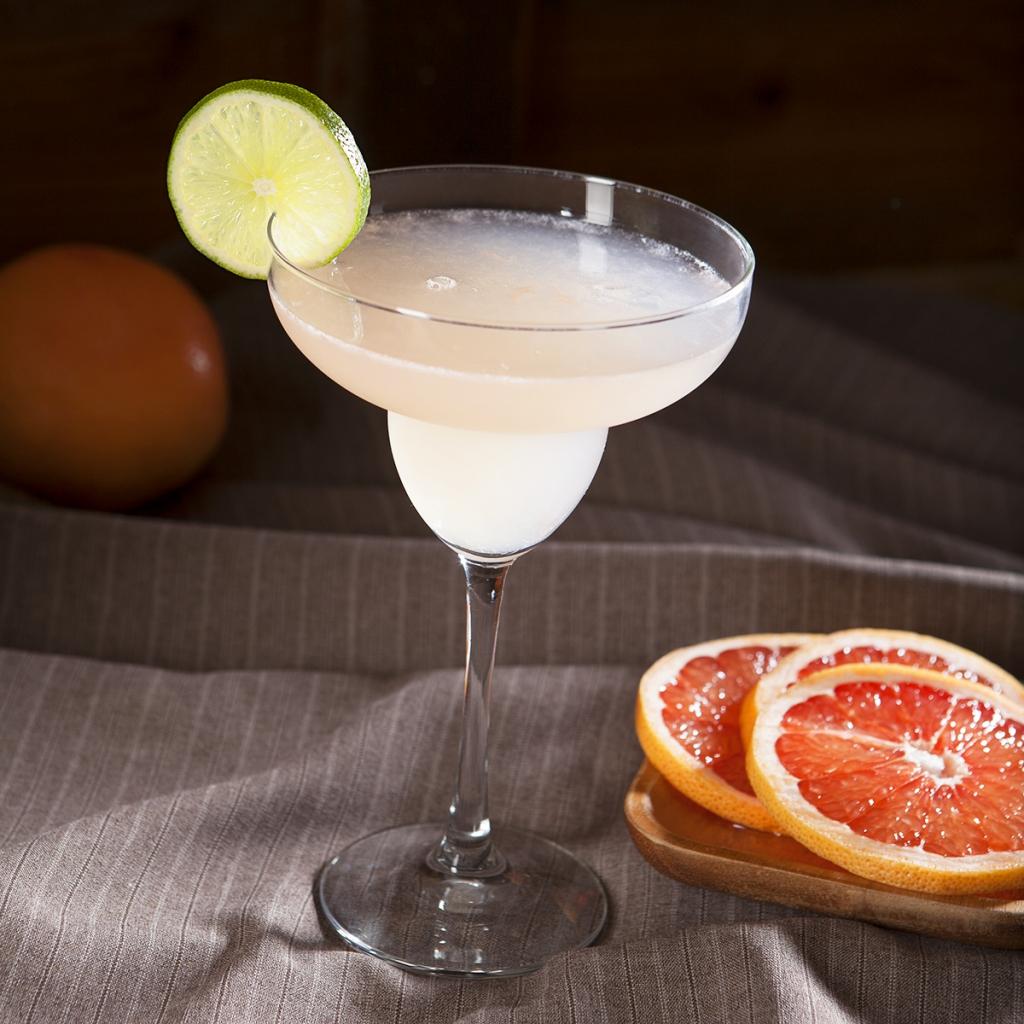 Nugget markets hemingway daiquiri recipe for Cocktail hemingway