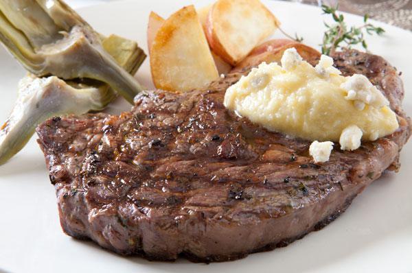 rib eye steak on grill grilled rib eye steaks delicious juicy rib eye ...